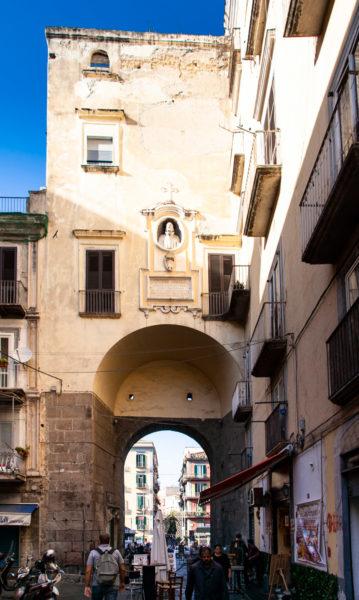 Porta di San Gennaro - Ingresso al Rione Sanità di Napoli
