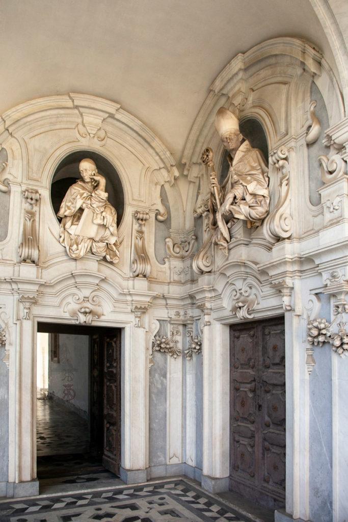 Porte di Accesso alle Sale della Sacrestia della Certosa di San Martino