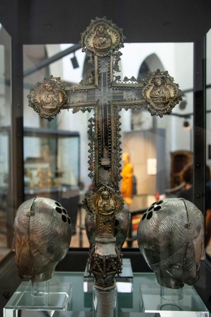 Resti della croce di Gesù - Basilica del Crocifisso
