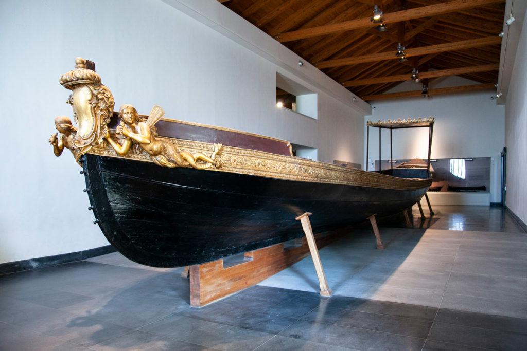 Sezione Navale nella Certosa di San Martino