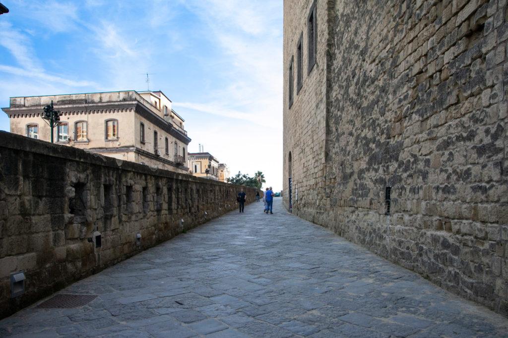 Tra le mura del Castel dell'Ovo di Napoli - Cosa vedere a Napoli