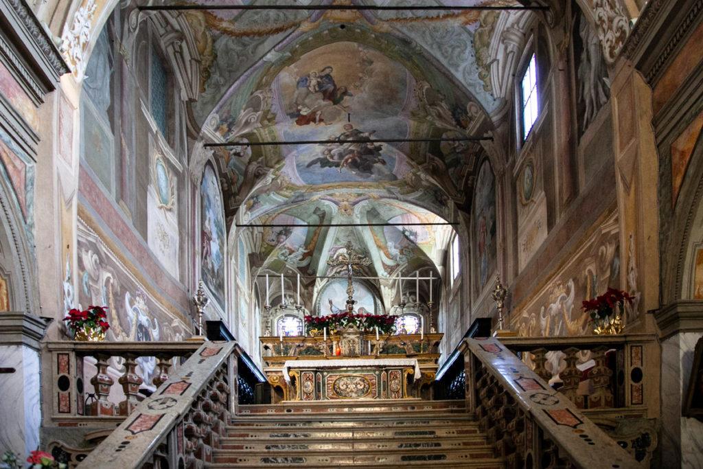 Altare sopraelevato della chiesa di San Giacomo