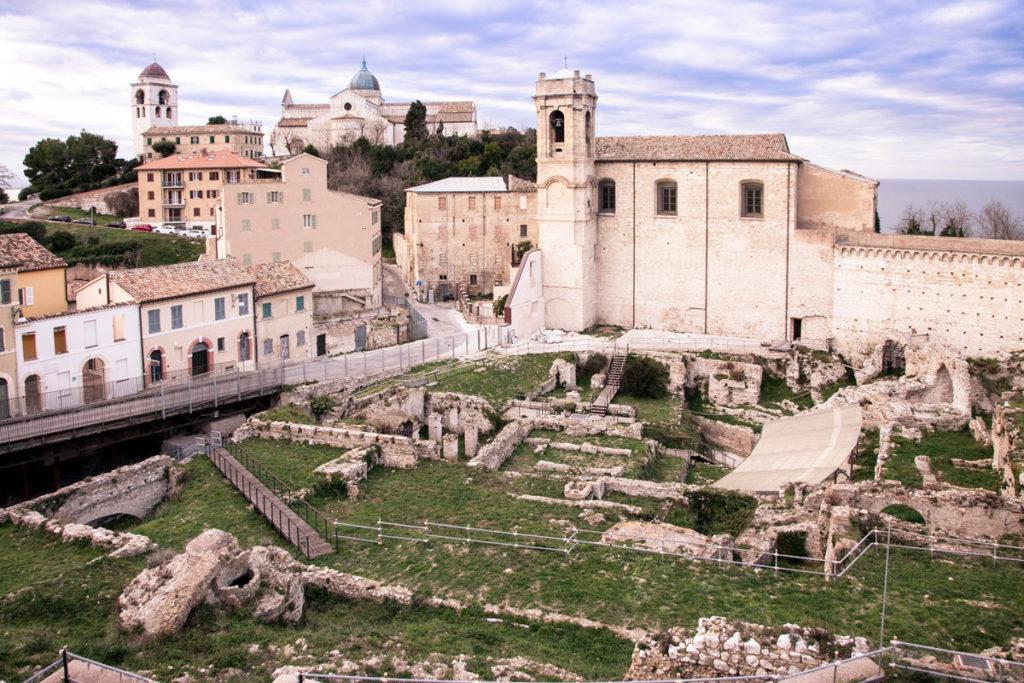Anfiteatro romano in via Birarelli - Resti archeologici