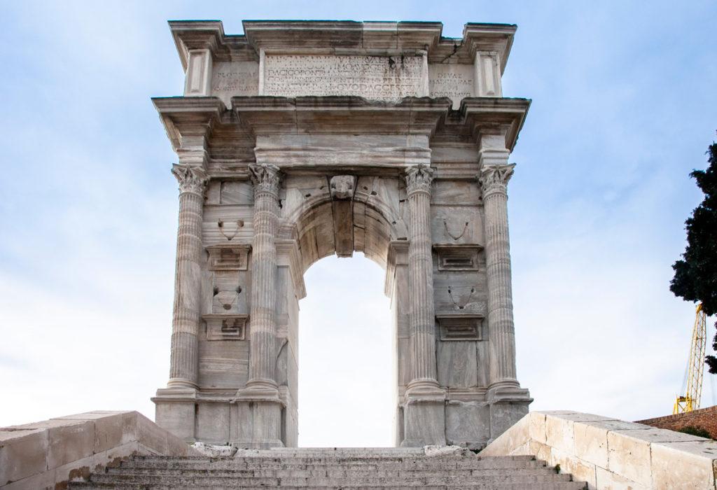 Arco di Traiano - Inizio del porto vecchio di Ancona