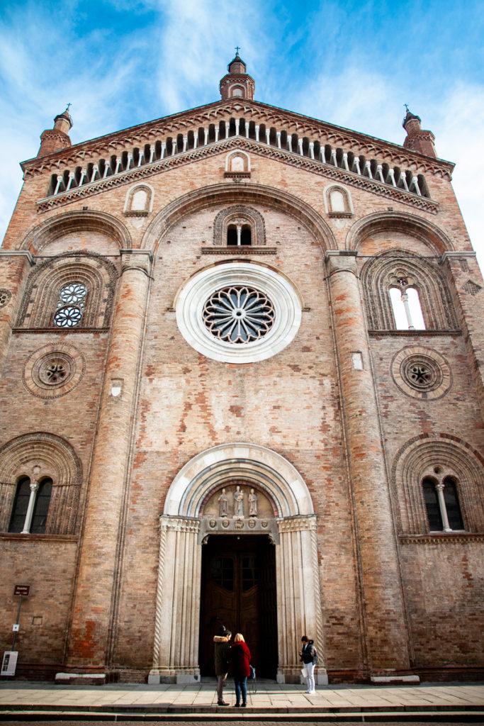 Cattedrale di Santa Maria Assunta - Facciata del duomo cittadino