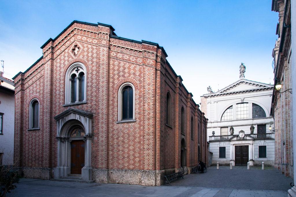 Chiesa della Beata Vergie di Lourdes e Basilica di San Defendente Martire a Romano di Lombardia