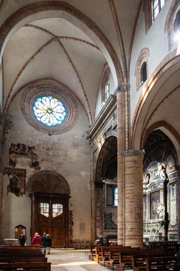 Controfacciata e Cappella laterale del duomo di Crema