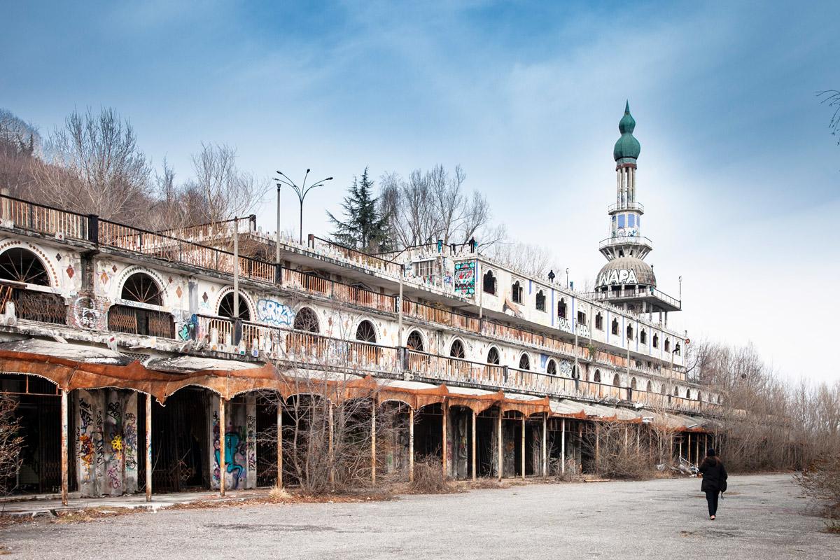 Edificio del Minareto - Simbolo di Consonno