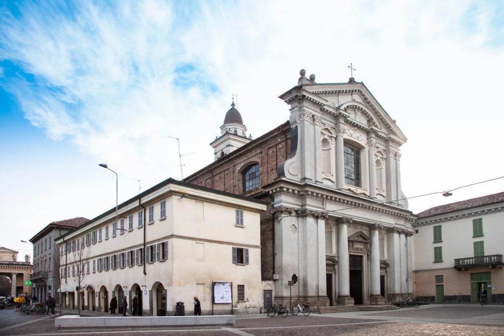 Facciata della chiesa di San Benedetto a Crema
