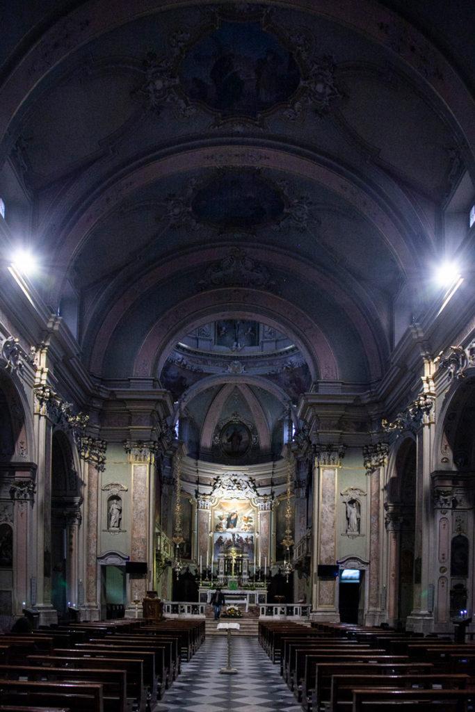 Interni della chiesa di Santa Maria Assunta e San Giacomo Maggiore a Romano di Lombardia