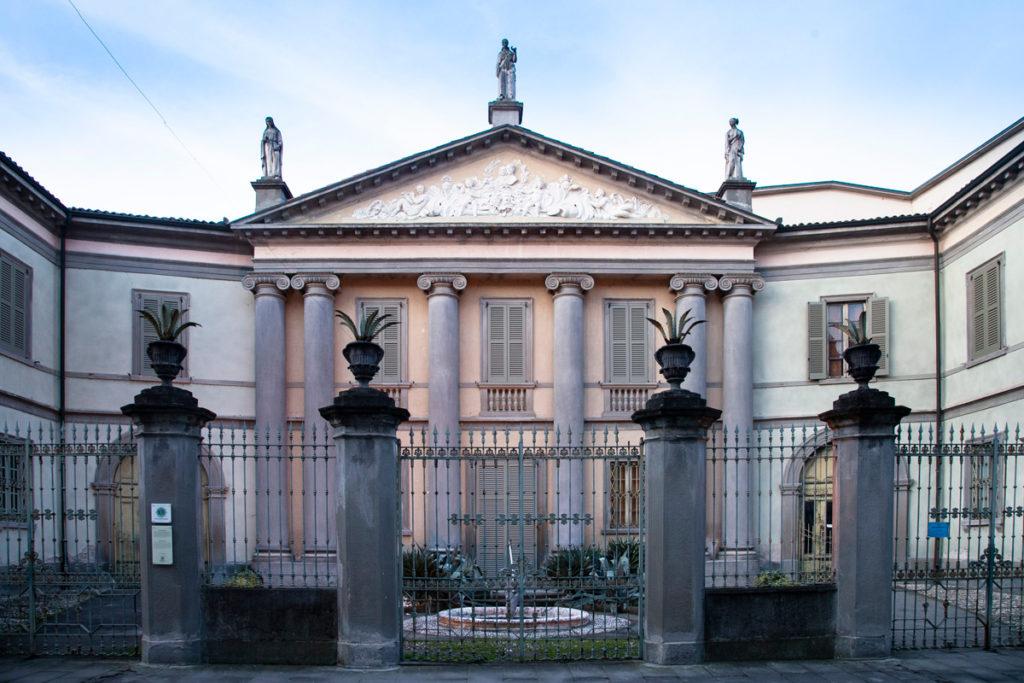 Palazzo Rubini - Facciata e Cancellata con Parco - Romano di Lombardia