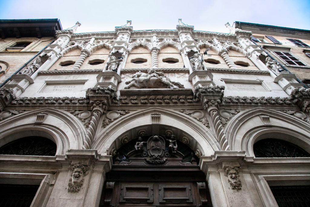 Palazzo della Loggia dei Mercanti di Ancona - XV secolo