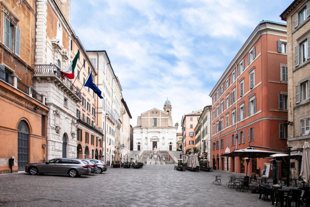 Piazza del Plebiscito ad Ancona