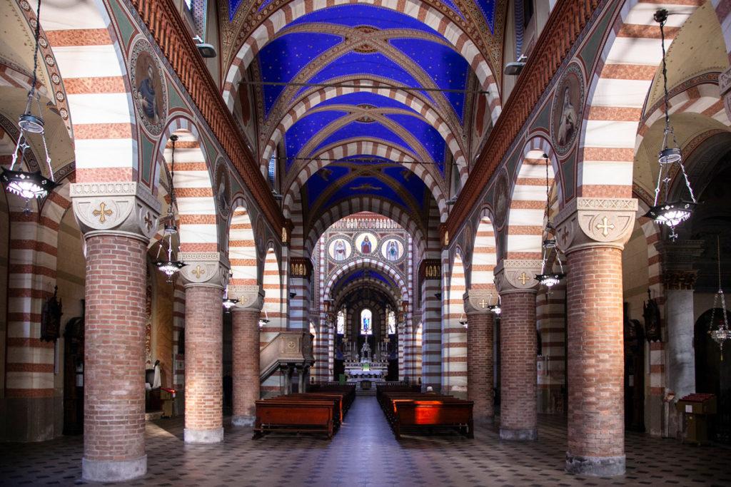 Pieve di Santa Maria Assunta - Archi e volte blu