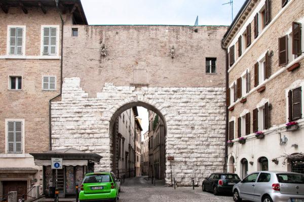 Porta San Pietro del 1221