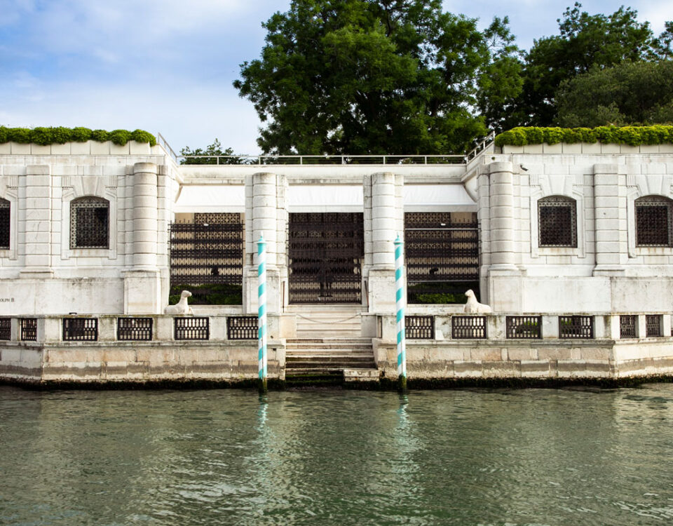 Palazzo Venier dei Leoni visto dal Canal Grande - Collezione Peggy Guggenheim