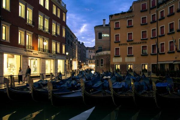 Bacino Orseolo di Venezia - Deposito di Gondole