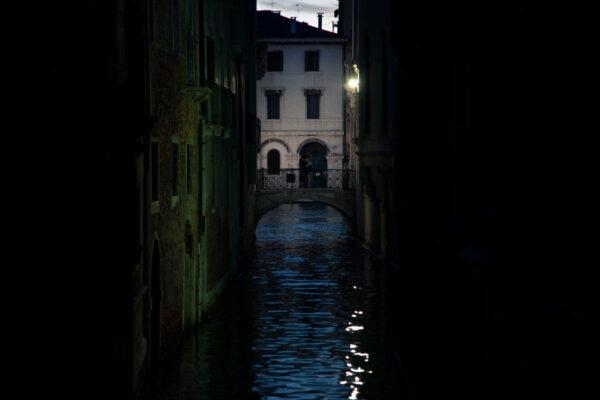 Calli di Venezia di notte
