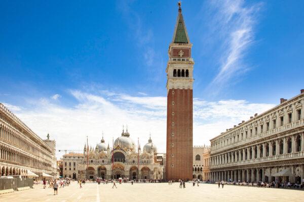Campanile di San Marco distaccato dalla basilica