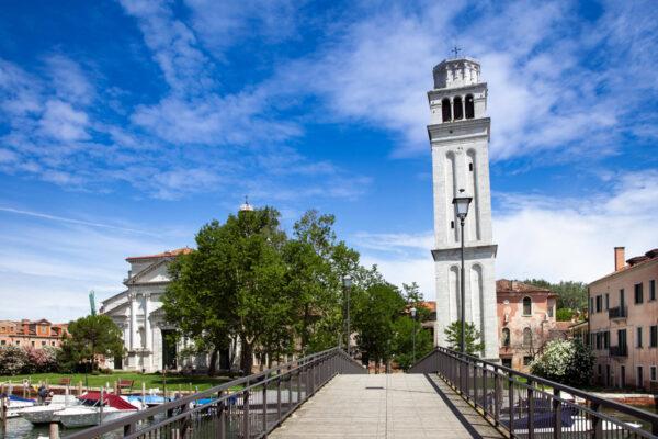 Campanile e Basilica di San PIetro di Castello visti dal ponte di San Pietro - Venezia