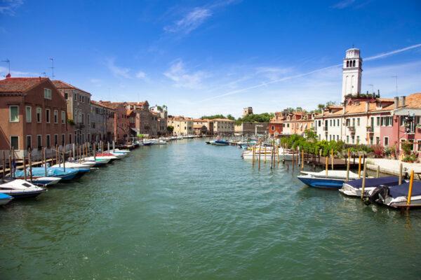 Canale di San Pietro visto dal ponte di Quintavalle