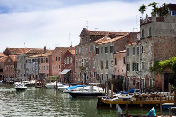 Case affacciate sul canale di San Pietro a Venezia
