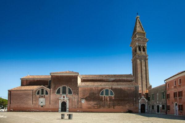 Esterni della Chiesa di San Martino Vescovo a Burano