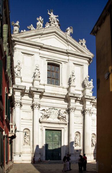 Facciata della chiesa dei Gesuiti a Venezia