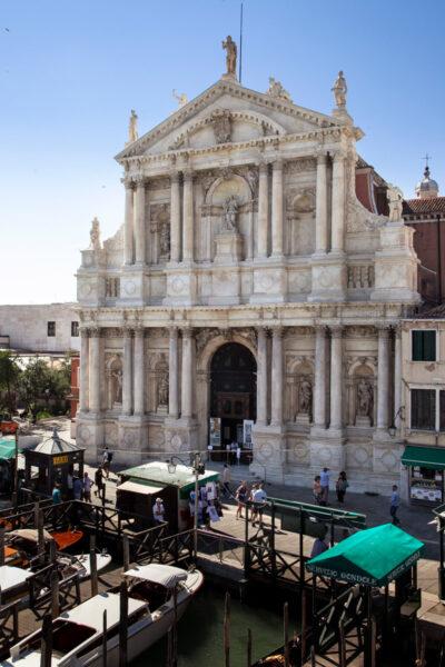 Facciata della chiesa di Santa Maria di Nazareth affacciata sul canal Grande di Venezia - Sestiere Cannaregio
