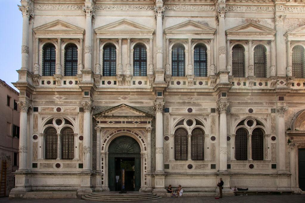 Ingresso alla Scuola Grande di San Rocco - Tintoretto