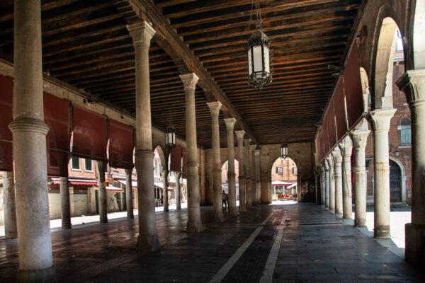 Mercato coperto di Venezia a Rialto - Cosa vedere a San Polo