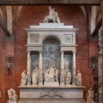 Monumento funebre a Tiziano nella basilica dei Frari