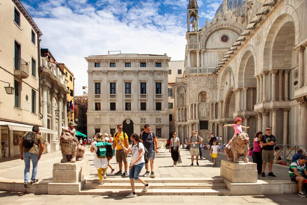 Piazzetta dei Leoncini - Sestiere San Marco di Venezia