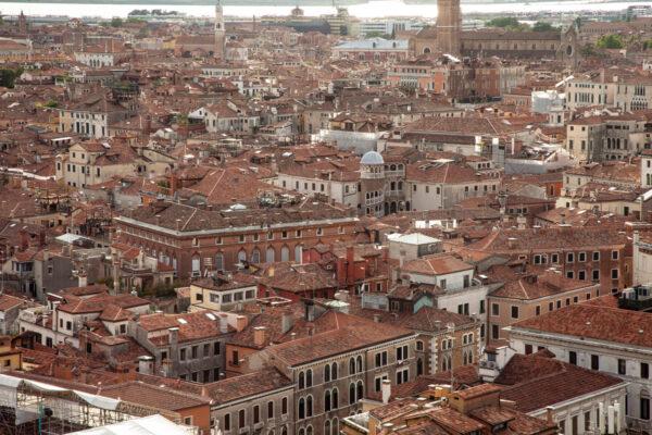 Scala Contarini del Bovolo vista dal campanile di San Marco