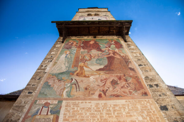 Affresco del Giudizio Universale sul campanile della Chiesa di San Pancrazio a Glorenza