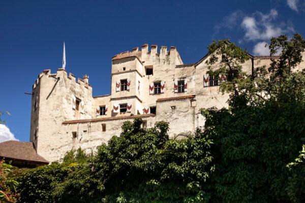 Castel Coira sui monti sopra Sluderno