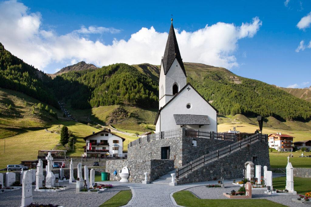 Chiesa e cimitero di Santa Maddalena o San Nikolaus in Vallelunga - Bolzano