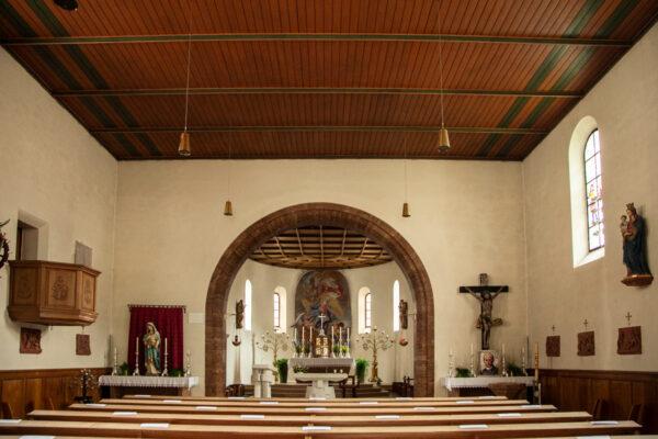 Interni della chiesa di Santa Caterina a Curon Venosta