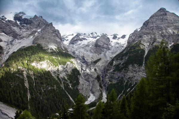 Montagne tra Prato allo Stelvio e il passo