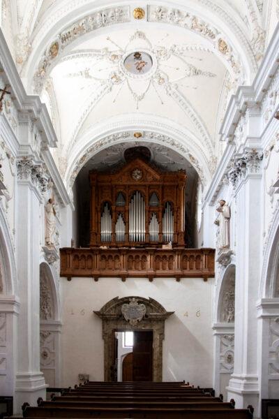 Organo e volte della chiesa di Nostra Signora - Abbazia di Monte Maria