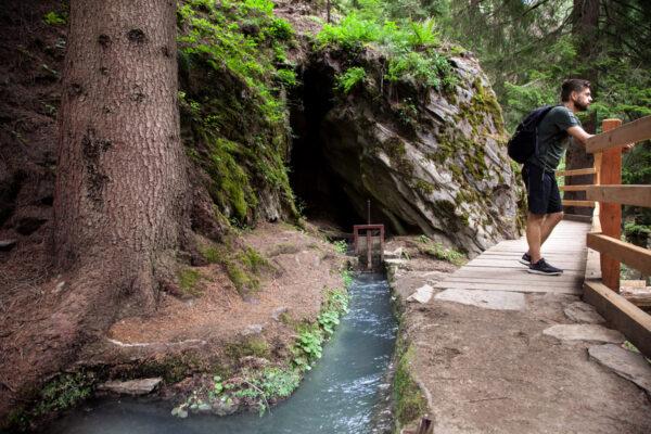 Trekking suggestivo lungo la roggia di Leitenwaal - Cosa fare in Val Venosta