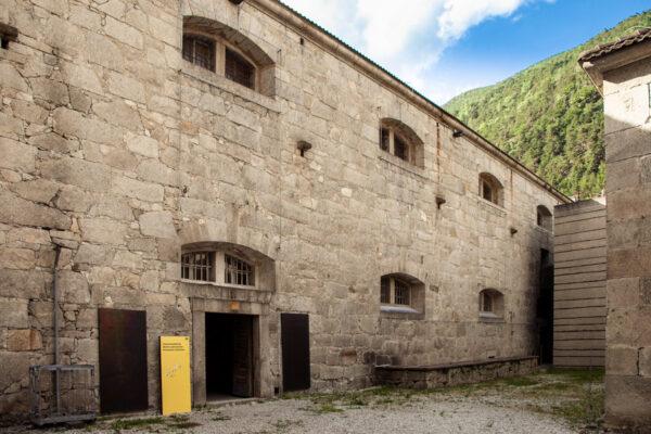 Accesso alla mostra permanente del forte di Fortezza