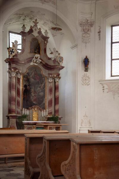 Altare della chiesa di Sant'Elisabetta
