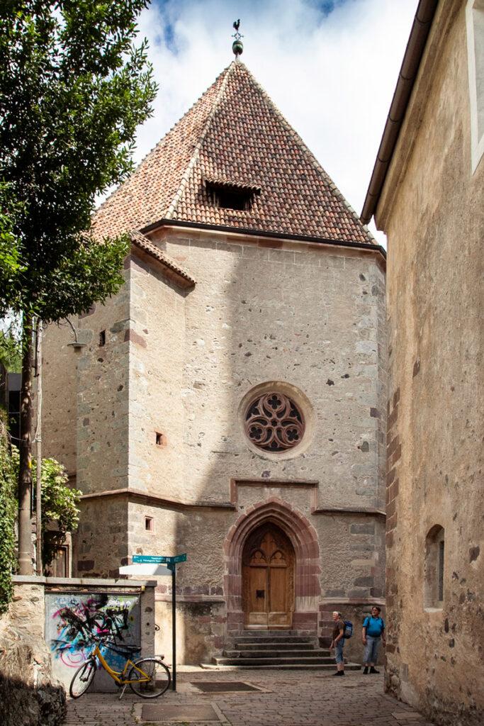 Cappella di Santa Barbara con cripta e sala aperta al pubblico
