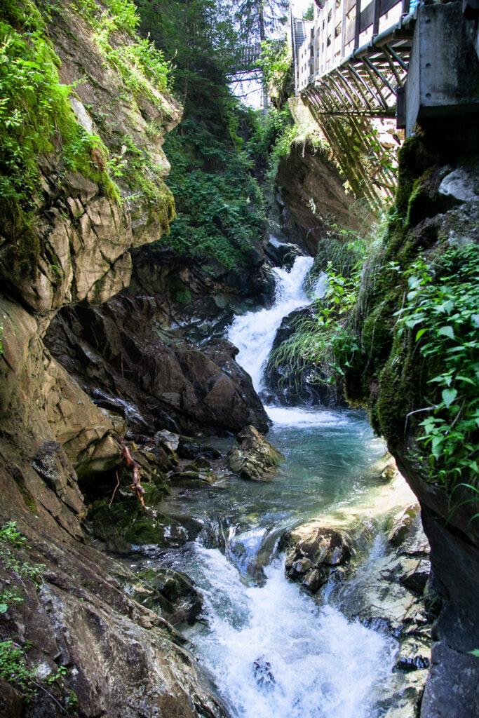 Cascate di Stanghe lungo il percorso nell'orrido di Racines