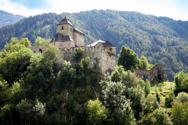 Castel Tasso sui monti vicini a Vipiteno