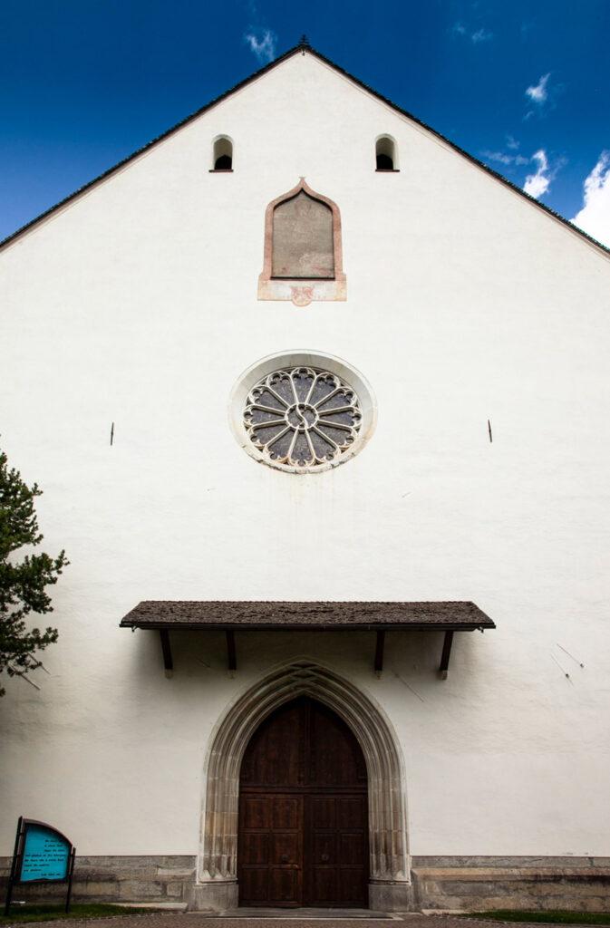 Facciata della chiesa di Nostra Signora della Palude a Vipiteno