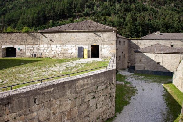 La polveriera dentro al cortile del Forte di Fortezza