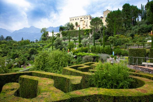 Labirinti e giardini del castello