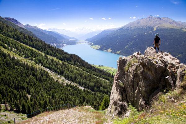 Punto panoramico sul lago di Resia - Val Venosta